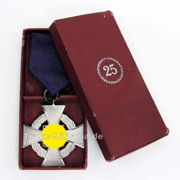 Treuedienstehrenzeichen für 25 Jahre im Etui