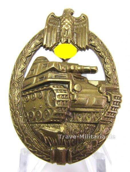 Panzerkampfabzeichen in Bronze hohlgeprägt