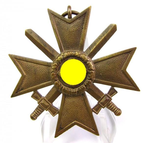 Kriegsverdienstkreuz 2. Klasse 1939 mit Schwertern Buntmetall