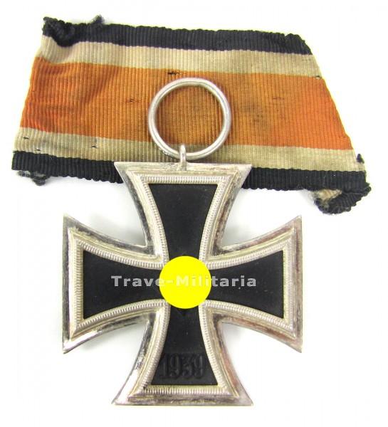 Eisernes Kreuz 2. Klasse mit orangem Band