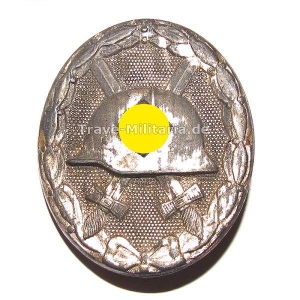 Verwundetenabzeichen in Silber Hersteller 107
