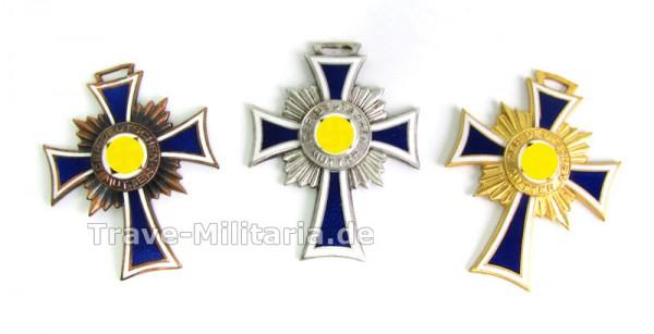 Set Ehrenkreuze der Deutschen Mutter Bronze, Silber und Gold