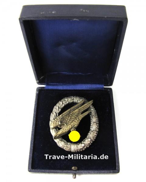 Fallschirmschützenabzeichen der Luftwaffe im Etui Juncker